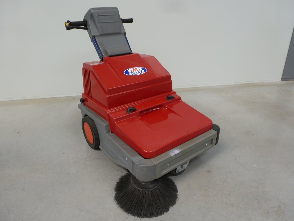 M-Sweep vacuum sweeper 1 | M. Mulder b.v.